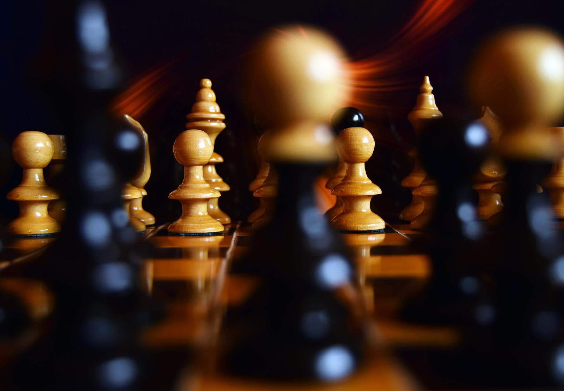 Planen Sie Ihren nächsten Schachzug sorgfältig. Er kann über Sieg oder Niederlage entscheiden.
